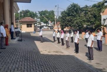Tetap Jaga Silahturahmi, Himbau Sekretaris KPU Kota Mojokerto Saat Apel Pagi