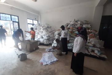 Pemenang Lelang Mulai Angkut Limbah Logistik KPU Kota Mojokerto