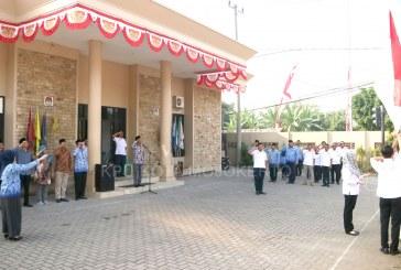 Peringati HUT RI, KPU Kota Mojokerto Laksanakan Upacara Bendera Di Lingkungan Sekretariat