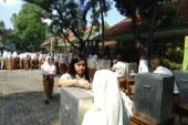 Belajar Demokrasi Melalui Pemilihan Ketua OSIS SMA 2 Kota Mojokerto