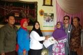 KPU Kota Mojokerto Beri Santunan Kepada Ketua KPPS dan Anggota Linmas Yang Meninggal Dunia