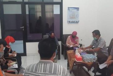 Pembahasan Penilaian Kinerja, Sekretaris KPU Kota Mojokerto Gelar Rapat Staf