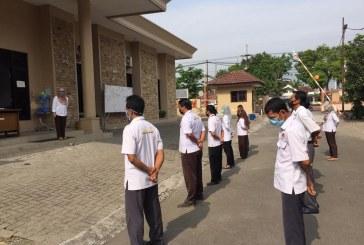 Laksanakan Program Sekretaris, Kasubag Teknis Menjadi Pembina Apel Pagi