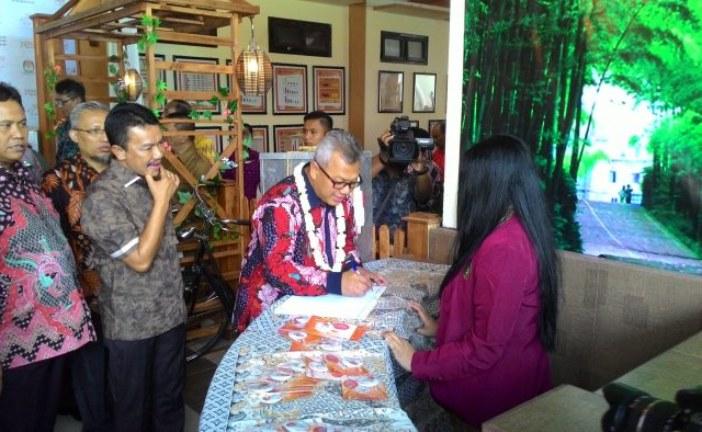 """Ketua dan Sekretaris Hadiri Acara Launching RPP """"Gusdur"""" KPU Kabupaten Jombang"""