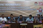 KPU Kota Mojokerto Serahkan APK Spanduk Dan Umbul-Umbul Kepada Tim Kampanye Pasangan Calon