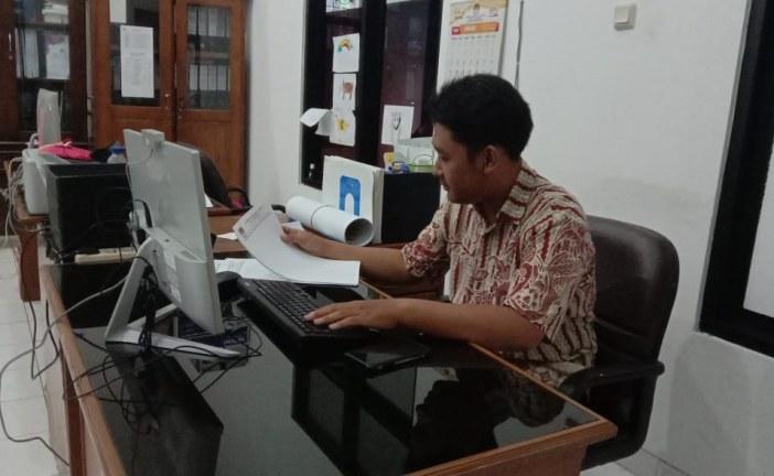 Pembagian Tugas Mahasiswa PKL Di KPU Kota Mojokerto
