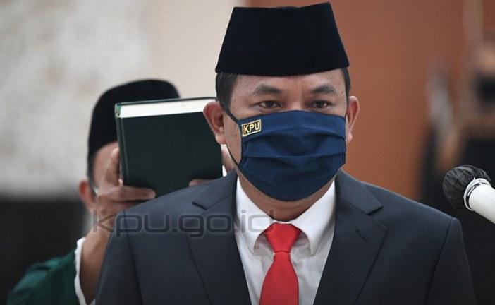 Bernad Dermawan Sutrisno Resmi Jabat Sekjen KPU RI
