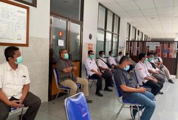 Jajaran KPU Kota Mojokerto Terima Vaksin Covid-19 Dosis Pertama